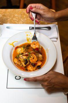 """Cantinho do Avillez, Cascais. Dreaming of this meagre and shrimp """"moqueca"""" #fotografocascais #fotografosintra #foodphotography #fotografiagastronomica #editorialphotography #sintraphotographer"""