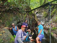 VISIT RAJA AMPAT INDONESIA www.rajaampat.biz #rajaampat #rajaampatbiz #travel #indonesia #tourindonesia #travelindonesia #visitindonesia #indonesiatravel #wonderfulindonesia #vacation #Индонезия #journey #holiday #bali #インドネシア Bali, Journey, Tours, Vacation, Couple Photos, Couples, Holiday, Travel, Couple Shots