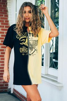 Graphic Tees - New Ideas Neo Grunge, Grunge Style, Soft Grunge, Grunge Outfits, Trendy Outfits, Cute Outfits, Tokyo Street Fashion, Le Happy, Diy Clothing