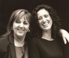 Milena Screm, fondatrice della scuola di Counseling a mediazione corporea INSIGHT, e Dakshina Stefania Orsi, membro del direttivo Insight