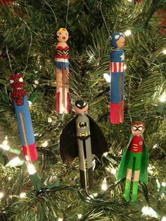 Martha Stewart Living segment producer Lenore Welby has been making these playful doll ornaments out of old-fashioned wooden clothespins for years. Christmas Projects, Holiday Crafts, Xmas Ornaments, Christmas Decorations, Clothes Pin Ornaments, Nativity Ornaments, Winter Christmas, Christmas Holidays, Clothespin Dolls
