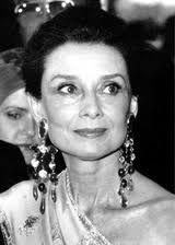 Audrey Hepburn On Pinterest Audrey Hepburn Icons And Deer