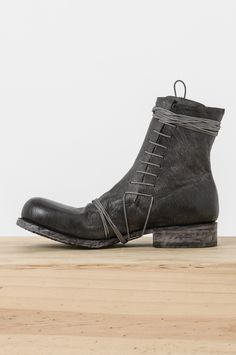 Obscur - side lace boot
