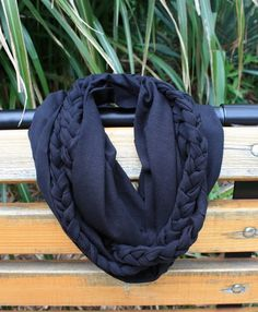 jersey braided scarf...great instructions!