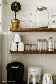 Subway Tile Wall in the Kitchen - http://akadesign.ca/subway-tile-wall-in-the-kitchen/ @HomeDepotCanada #HDBlogSquad