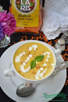Supa Crema de Linte Rosie Raw Vegan, Cheeseburger Chowder, Vegetarian Recipes, Soup, Favorite Recipes, Yummy Food, Cooking, Healthy, Ethnic Recipes