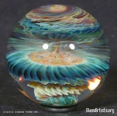 This is a Kanen Tiemeyer art-glass marble. Light Wall Art, Blown Glass Art, Marble Art, Glass Marbles, Glass Paperweights, Glass Ball, Colored Glass, Pisa, Sculptures