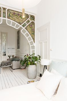 nouveau bohemian apartment in white with stunning stained glass window archways | house tour on coco kelley Cute Dorm Rooms, Cool Rooms, Living Room Designs, Living Room Decor, Bedroom Decor, Bedroom Designs, Modern Bedroom, Bohemian Apartment, Bohemian Interior