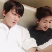 V App 160101 : Baekhyun and Chanyeol (4/9)