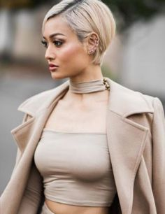 Perfectly styled: THAT are the trend hairstyles & top hairstyles 2017 Cut My Hair, Love Hair, New Hair, Top Hairstyles, Pretty Hairstyles, Short Hair Cuts, Short Hair Styles, Hair Express, Blonde Pixie
