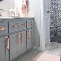 Home Remodel Paint Gold Bathroom, Bathroom Interior, Girl Bathroom Decor, Bathroom Ideas, Home Renovation, Home Remodeling, Rose Gold Kitchen, Hickory Hardware, Piece A Vivre