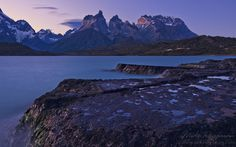 Lago Pehoe and Cuernos del Paine, Torres del Paine National Park, Ultima Esperanza Province, Magallanes and Antartica Chilena Region XII, Pa...