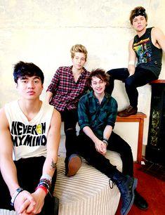 '5 Seconds Of Summer' photoshoot, Newtown, Sydney, Australia - 30 Apr 2014, Ahead of their Australian tour.