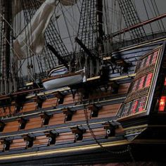The ship model of HMS Victory in the scale of from the kit of the company Lee (Heller)
