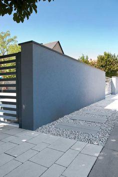 nowoczesna kostka brukowa Privacy Fences, Pavement, Smart Home, Garage Doors, Sidewalk, Backyard, House Design, Urban, Concrete Walls