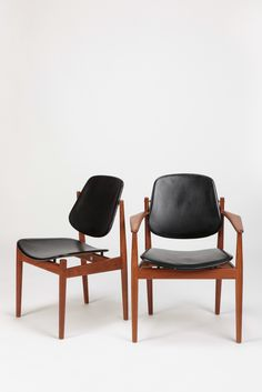 Arne Vodder; Teak, Brass and Leather Dining Chairs for France and Son, 1950s.