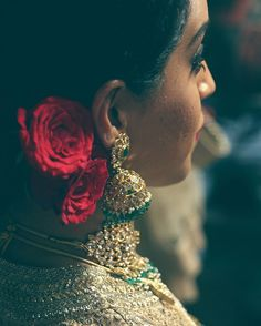 There's something about flowers in the hair that makes the final bridal look so graceful.  #BBB7 #gajra #flowers #bridalmakeup #bandbaajaabride #sabyasachibride