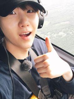 """방탄소년단 on Twitter: """"하와이가면 꼭 헬기를 타세요 https://t.co/Pr9cF7MzXO"""""""