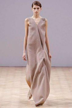 J.W. Anderson Fall 2014 RTW - Review - Fashion Week - Runway, Fashion Shows and Collections - Vogue