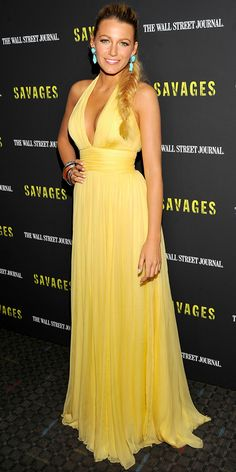 Lively accented her yellow Gucci gown with turquoise jewels at the New York Savages premiere.