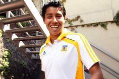 Hoy cumple años Hugo Ayala, el mejor defensa central de México ¡Muchas Felicidades!