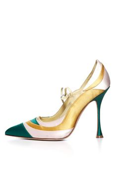 Manolo Blahnik White & Green Metallic Pumps Fall 2014 #Manolos #Shoes #Heels