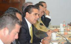 El gobernadorsostuvo una reunión de trabajo con quienes integran el Gabinete Legal de su administración, a quienes recordó que las responsabilidades que todas y todos tienen dentro del Gobierno del ...