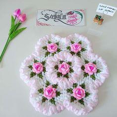 Knitting Models of Sevilay Uysal – Women's Hobbies and Ideas – Women's Hobbies and Ideas Crochet Mat, Crochet Dollies, Tunisian Crochet, Easy Crochet, Crochet Stitches, Knitting Videos, Crochet Videos, Crochet Butterfly Pattern, Woolen Craft