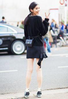 人気再熱♡ウエストポーチのコーデ☆スタイル・ファッションの参考に♪