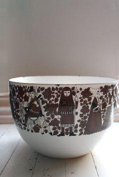 Kaj Franck and Esteri Tomula; Enameled Metal 'Medieval' Bowl for Arabia, Finland Kitchenware, Tableware, Metallica, Metals, Finland, Nostalgia, Objects, Porcelain, Enamel