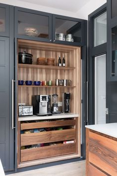 access pantry designed by Neil Norton Design. The doors of the breakfast cupboard . Easy access pantry designed by Neil Norton Design. The doors of the breakfast cupboard .,Easy access pantry designed by Neil Norton De. Home Decor Kitchen, Kitchen Interior, Home Kitchens, Kitchen Ideas, Diy Interior, Best Kitchen, Kitchen Set Up, Kitchen Grey, Decorating Kitchen