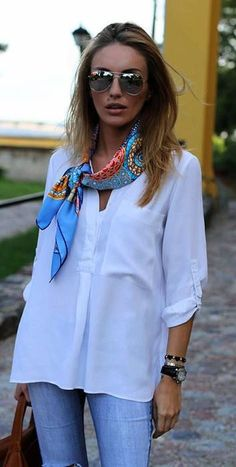 How to Wear a Silk Scarf 2019 How to Wear a Silk Scarf The post How to Wear a Silk Scarf 2019 appeared first on Scarves Diy. Mode Outfits, Casual Outfits, Look Fashion, Fashion Models, Fashion Fashion, Casual Wear Women, Head Scarf Styles, Vetement Fashion, How To Wear Scarves