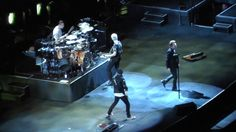 U2 6/25/17: 19 - Vertigo/It's Only Rock & Roll [Stones] - Foxborough, MA - YouTube