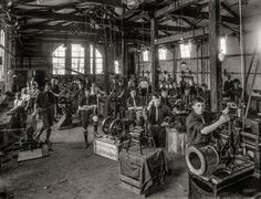 Shorpy Historical Photo Archive :: Gearheads: 1916 (New Zealand)