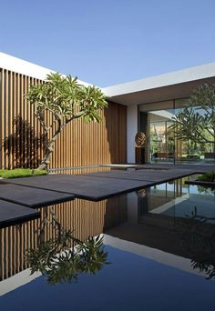 Modern Garden Architecture Design Ideas For Luxury House - Dlingoo Landscape Design Plans, House Landscape, Home Garden Design, Garden Architecture, House Entrance, Garden Entrance, Pool Designs, Designs To Draw, Pergola Designs