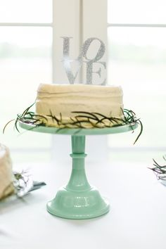 Mint Green Cake Stand | photography by http://www.rusticwhite.com/