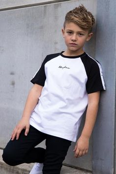 Relaxed Fit Cut and sew panel across chest Contrast white stripe across the chest Mayhem signature embroidery in the centre cotton elastane Model is 9 years old, and wearing size Young Boys Fashion, Teen Boy Fashion, Cute Kids Fashion, Toddler Fashion, Cute 13 Year Old Boys, Young Cute Boys, Outfits Niños, Kids Outfits, Fashion Niños
