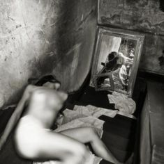 IdeaFixa » Francesca Woodman, a jovem fotógrafa suicida