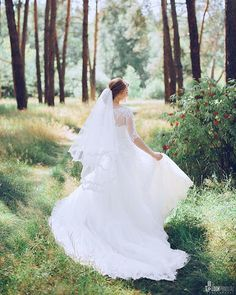 Дыхание лета...🌿 #невеста #невестаказань #фотосессияказань #казань #никах #никахказань #свадьбаказань #казаньфото #фотоказань #свадьбавказани #фотографказань #свадебныйфотографказань #жених #невеста #любовь #счастье #lookyanov #фотографнаникахказань #wed #wedding #weddingday #theweddingpic #groom #flowers #top10photokazan #bride