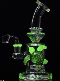 Online Headshop - Your Smoke Shop for Bongs, Dab Rigs, & More! Glass Pipes And Bongs, Glass Bongs, Cannabis, Buy Bong, Hookah Pipes, Cool Bongs, Dab Rig, Head Shop, Pipes And Bongs