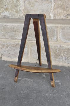 'Mini Easel' - All #easels are made from retired French oak #wine #barrels sourced from the Coonawarra Wine region in the Limestone Coast, South Australia and finished with all natural oils! Ideal for displaying painting, pictures, menu's