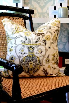 Pillow: Camberwell Vase Print in Citrine, 174550. http://www.fschumacher.com/search/ProductDetail.aspx?sku=174550  Wallcovering: Chenonceau in Aquamarine, 5004122. http://www.fschumacher.com/search/ProductDetail.aspx?sku=5004122 #Schumacher