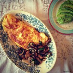 Omelett mit cremigen Pilzen - LCHF