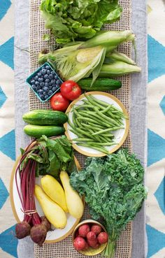 Your Summer Produce Shopping Preference: CSAs or Farmers Markets? — The Kitchn (Apartment Therapy Main) Vegetables Photography, Summer Tomato, Food Is Fuel, Harvest Time, Fruits And Vegetables, Farmers Market, Cool Kitchens, Healthy Eating, Tomatoes