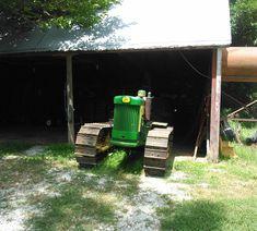 Old John Deere Tractors, Vintage Tractors, Agriculture, Unique, Antique Tractors