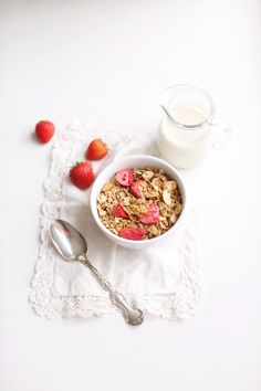 This Strawberry Coconut Granola is perfectly sweetened with a hint of maple syrup and filled with healthy ingredients from the Fraiche Nutrition kitchen. Freeze Dried Fruit, Freeze Dried Strawberries, Gluten Free Granola, Vegan Gluten Free, Make Your Own Granola, Strawberry Nutrition, Sliced Almonds, Coconut, Eat