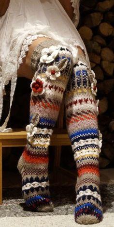 Knit Colorful Stockings Where can I find an English pattern for these? Crochet Slippers, Knit Crochet, Woolen Flower, Woolen Socks, Funky Socks, Stylish Dress Designs, Knitting Socks, Knit Socks, Kids Fashion