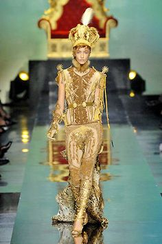 Haute Couture Fall 2007 gold embroidery