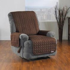 QuickCover Studio Sized Waterproof Recliner u0026 Chaise Protector - Overstock™ Shopping - Big Discounts on Chair Slipcovers : sheepskin recliner covers - islam-shia.org
