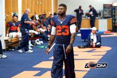 Devin Hester prepares for gametime in Week Chicago Area, Chicago Bears, Devin Hester, We Bear, Blue Orange, Lockers, Photo Galleries, Navy, Sports